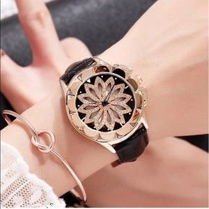 Accessories - Women's Fashion Luxury dress watch Time Piece